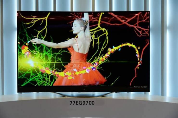 LG 4K OLED TV 00 (800x532)
