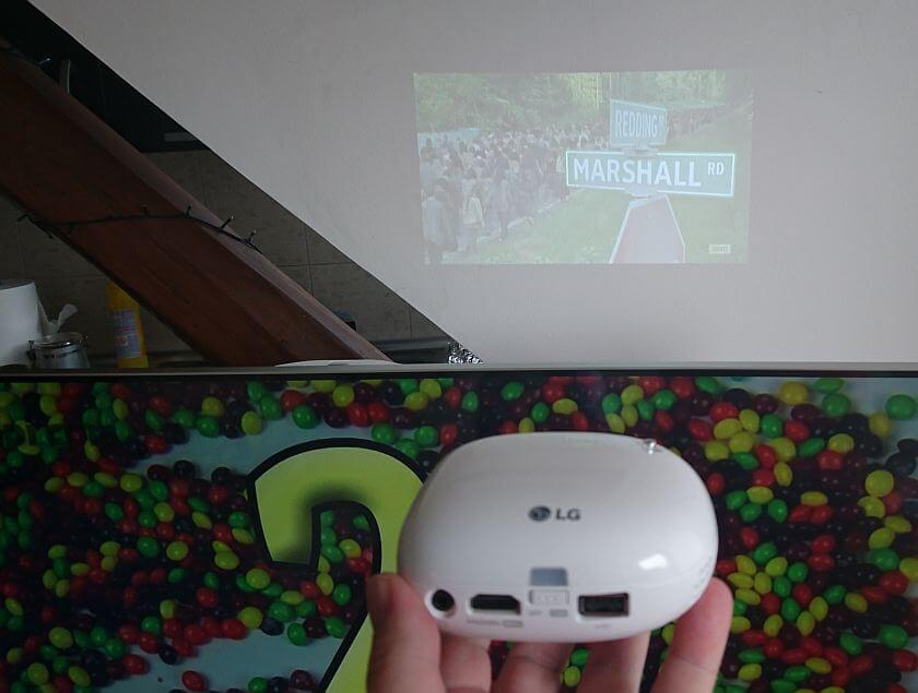 LG Minibeam PV150G recenzija 7